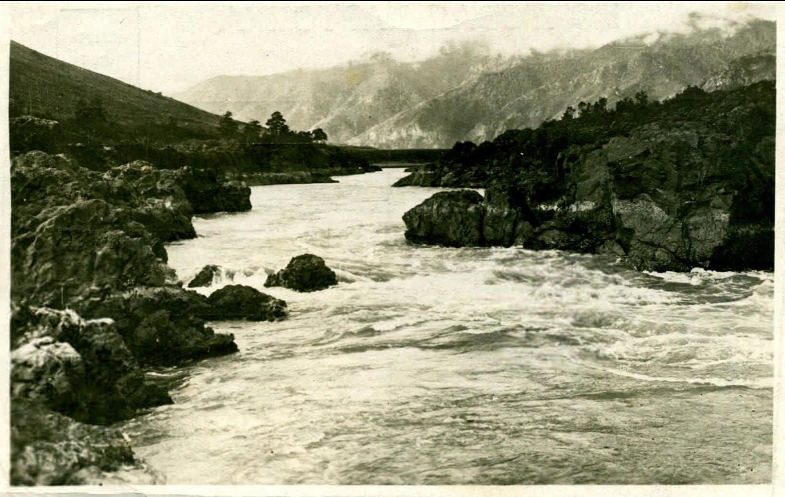 Ойротия. Река Катунь в тисках Телдекпеня