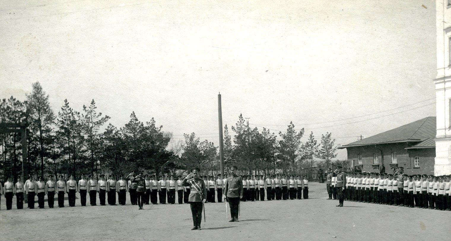 Торжественное построение 1-го Сибирского императора Александра I кадетского корпуса