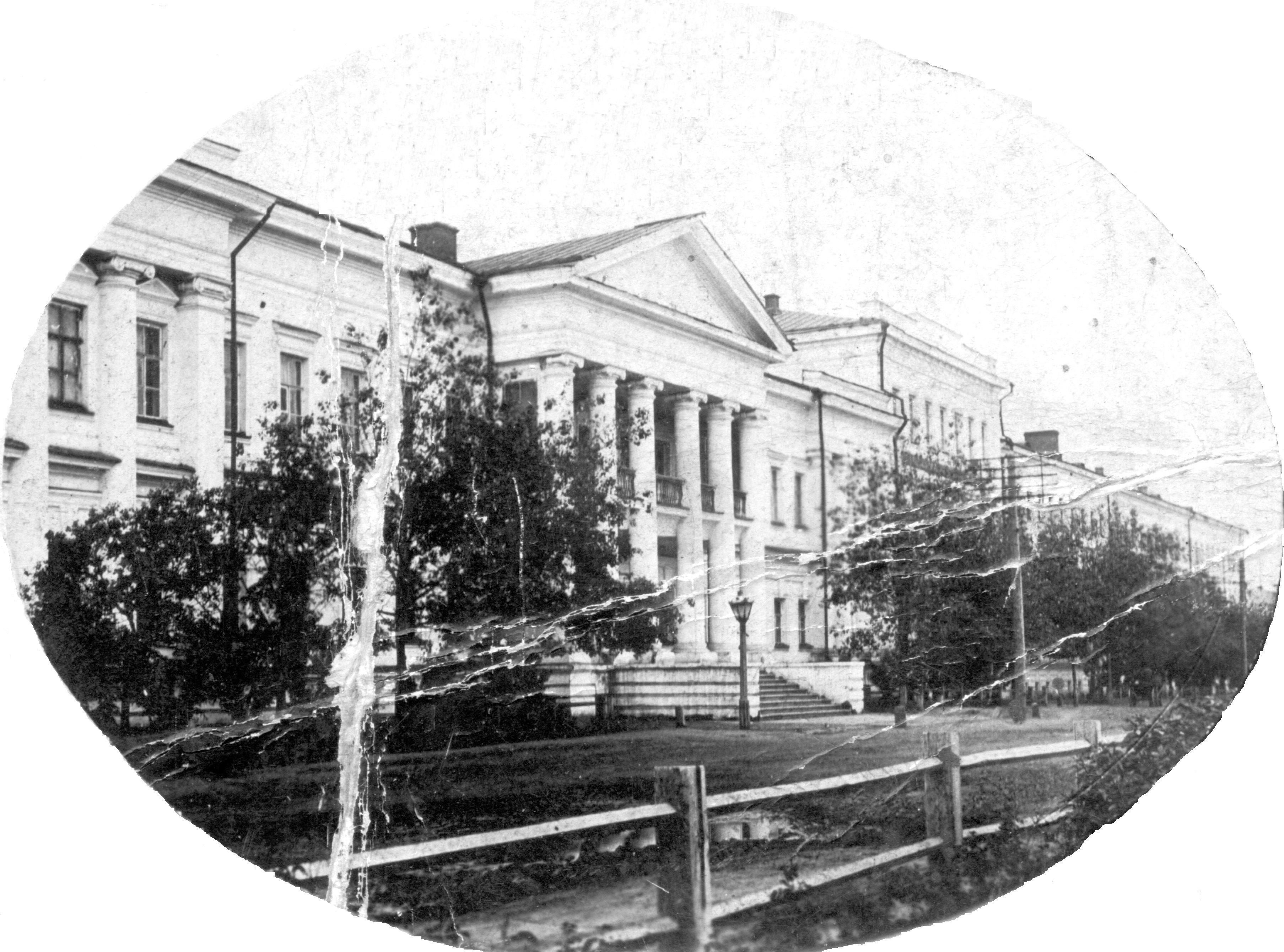 Здание Сибирскиого кадетского корпуса