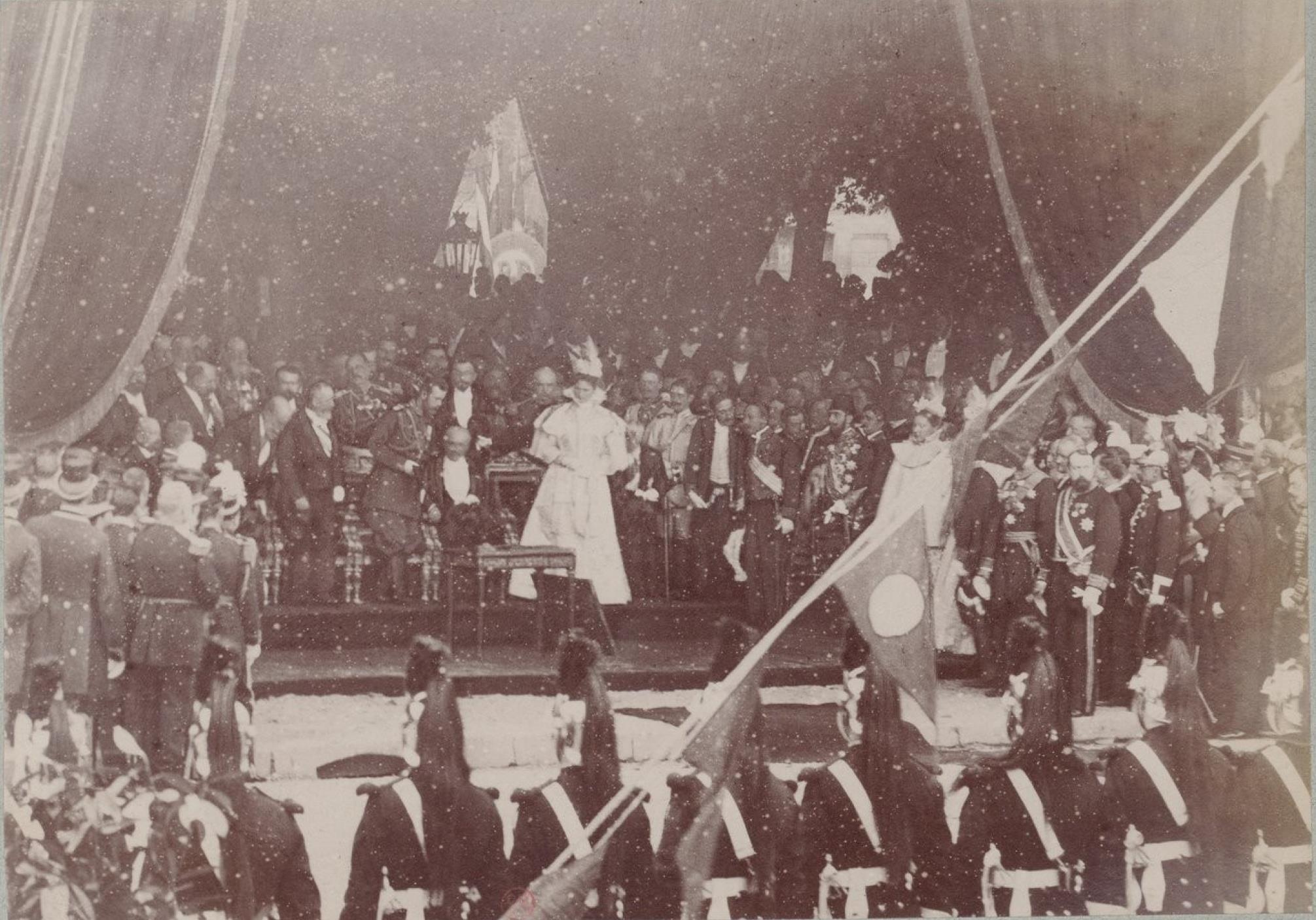 26. Шатёр, устроенный для встречи императора Николая II, императрицы Александры Федоровны и президента Феликса Фора.