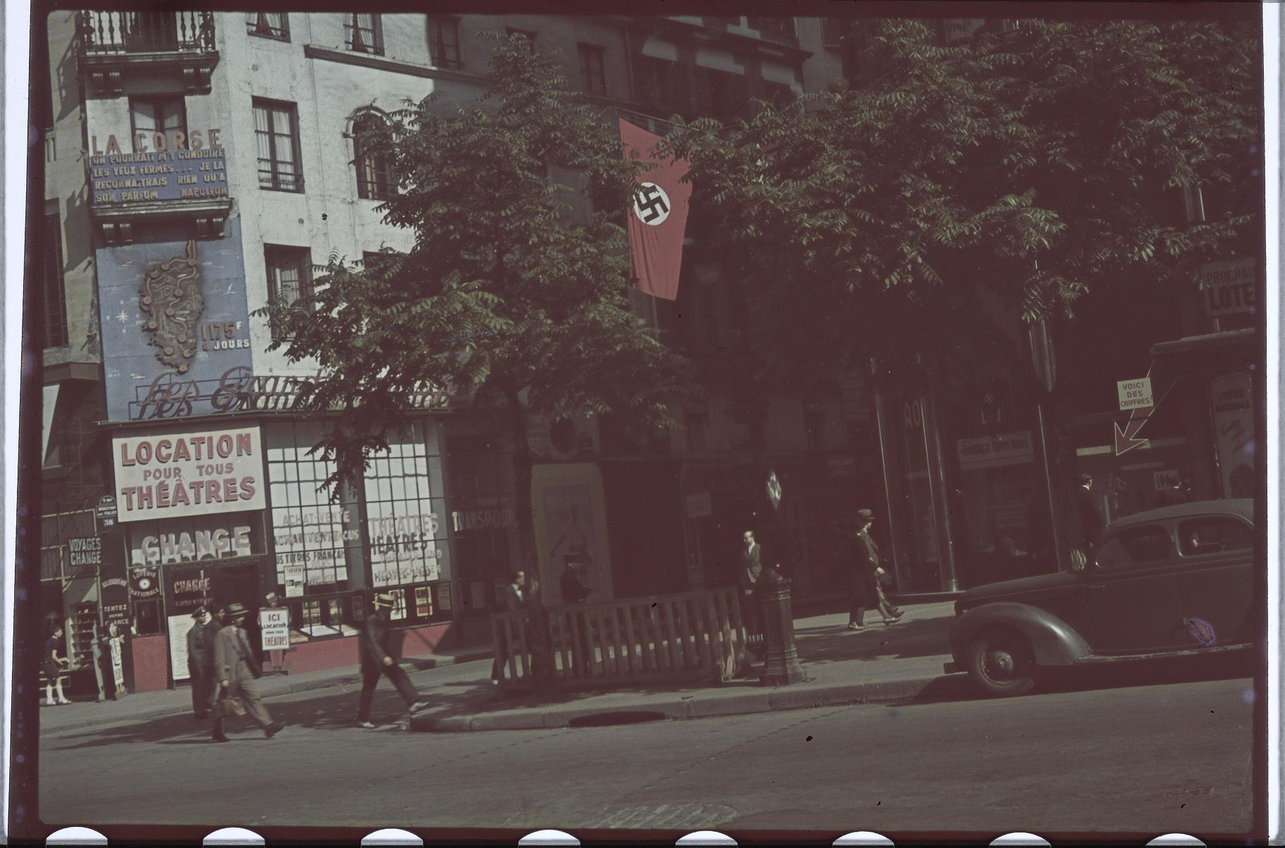 Отель только для немцев. Итальянский бульвар