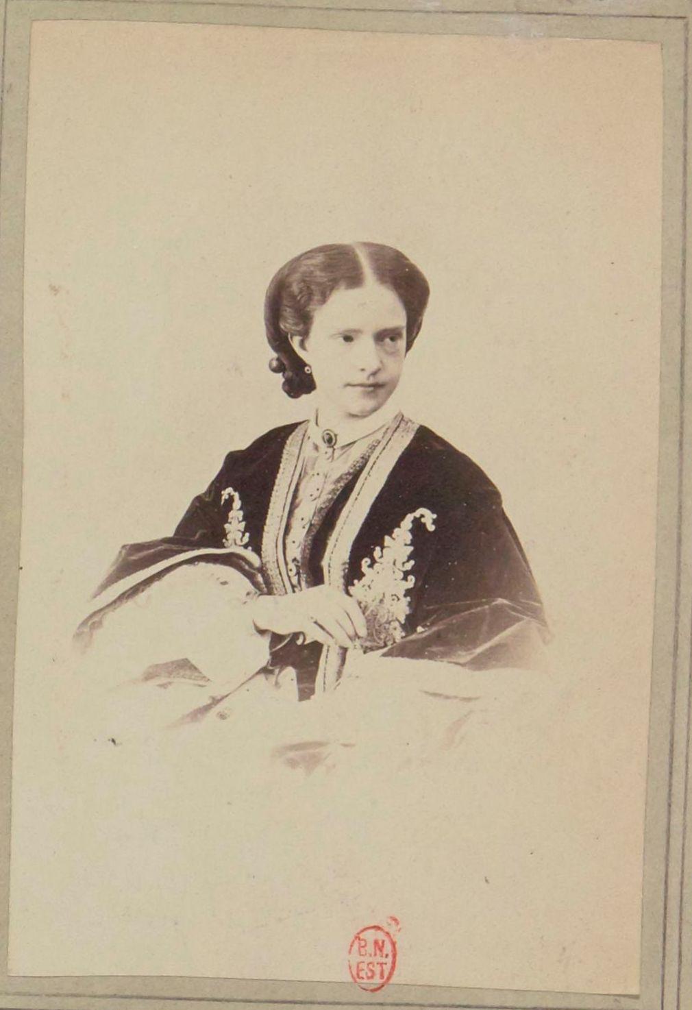 Мария Пиа (17 октября 1847, Турин — 5 июня или 17 июля 1911, Ступиниджи) — итальянская принцесса, после замужества королева-консорт Португалии