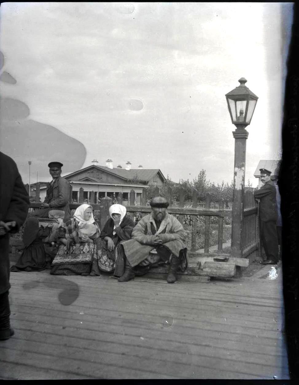 27. Петропавловск Киргизы на вокзале