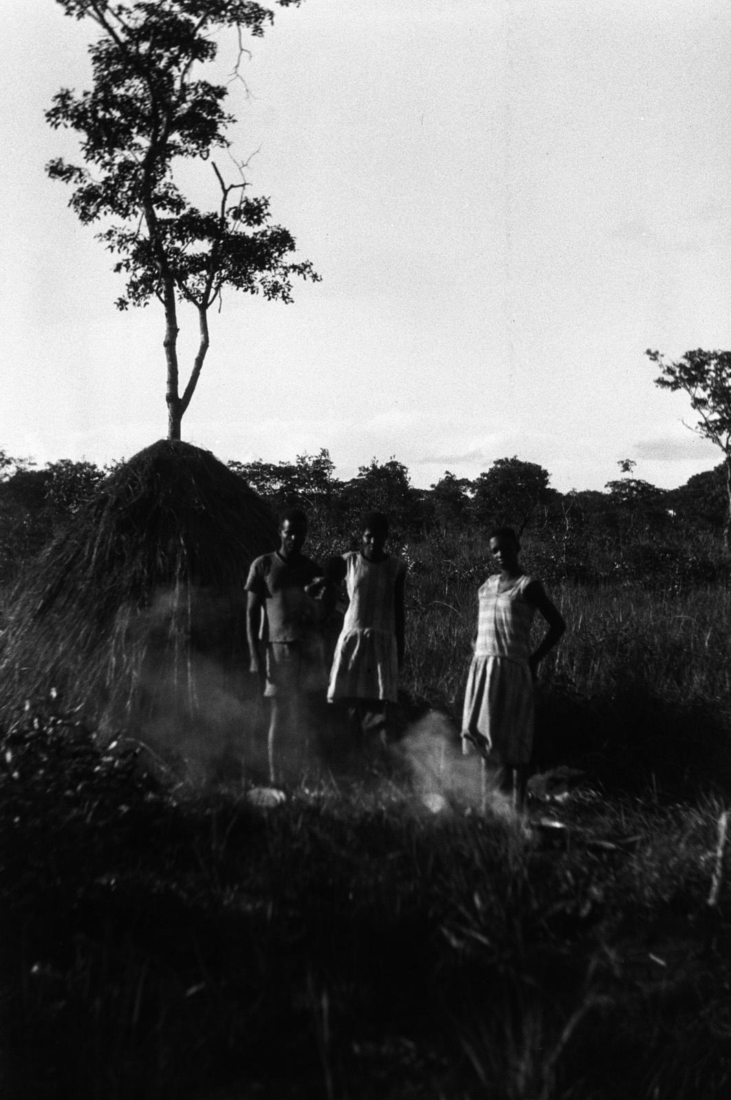 Капири Мпоши. Портрет семьи людей народности лунда.