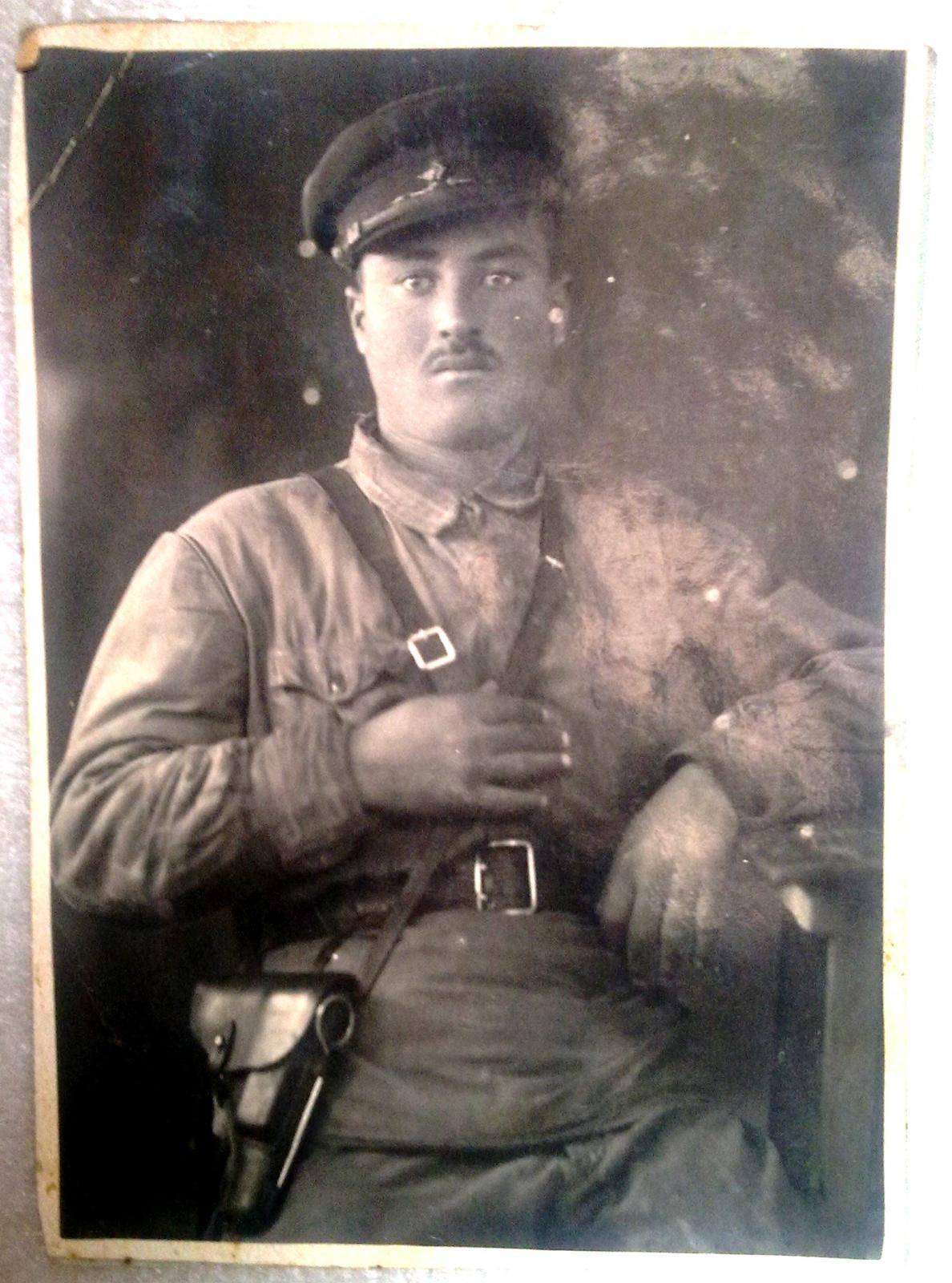 1942. Комадир роты Истребительного батальона в Марнеульском районе ГССР