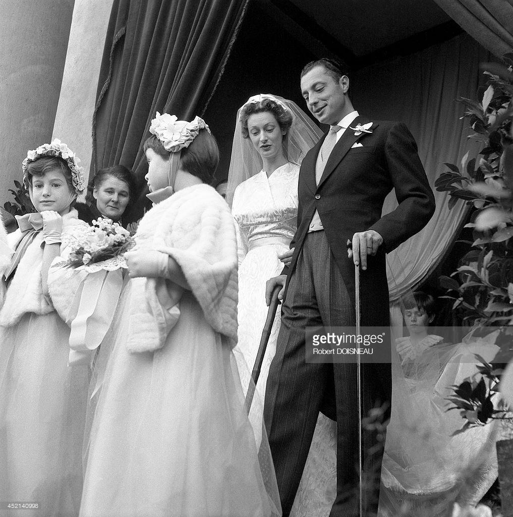 1953. Марелла Караччиоло Ди Кастаньето и Джанни Аньелли во время их свадебной церемонии 19 ноября