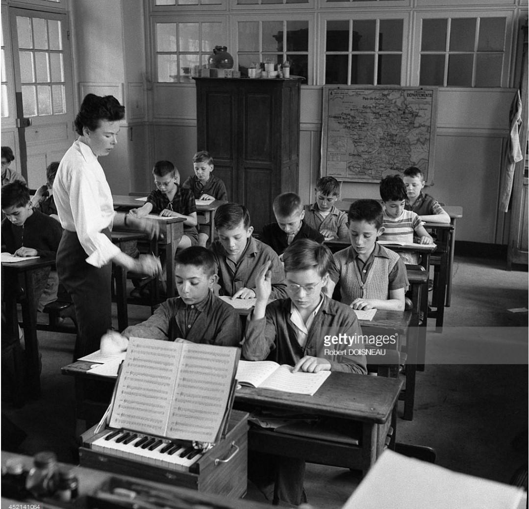 1956. Уроки музыки в школе на улице Буффона
