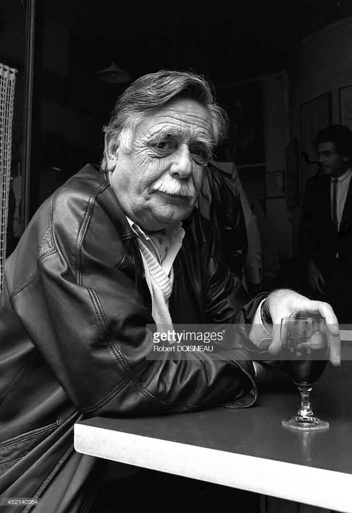 1986. Портрет французского писателя Франсуа Карадека в кафе 26 сентября