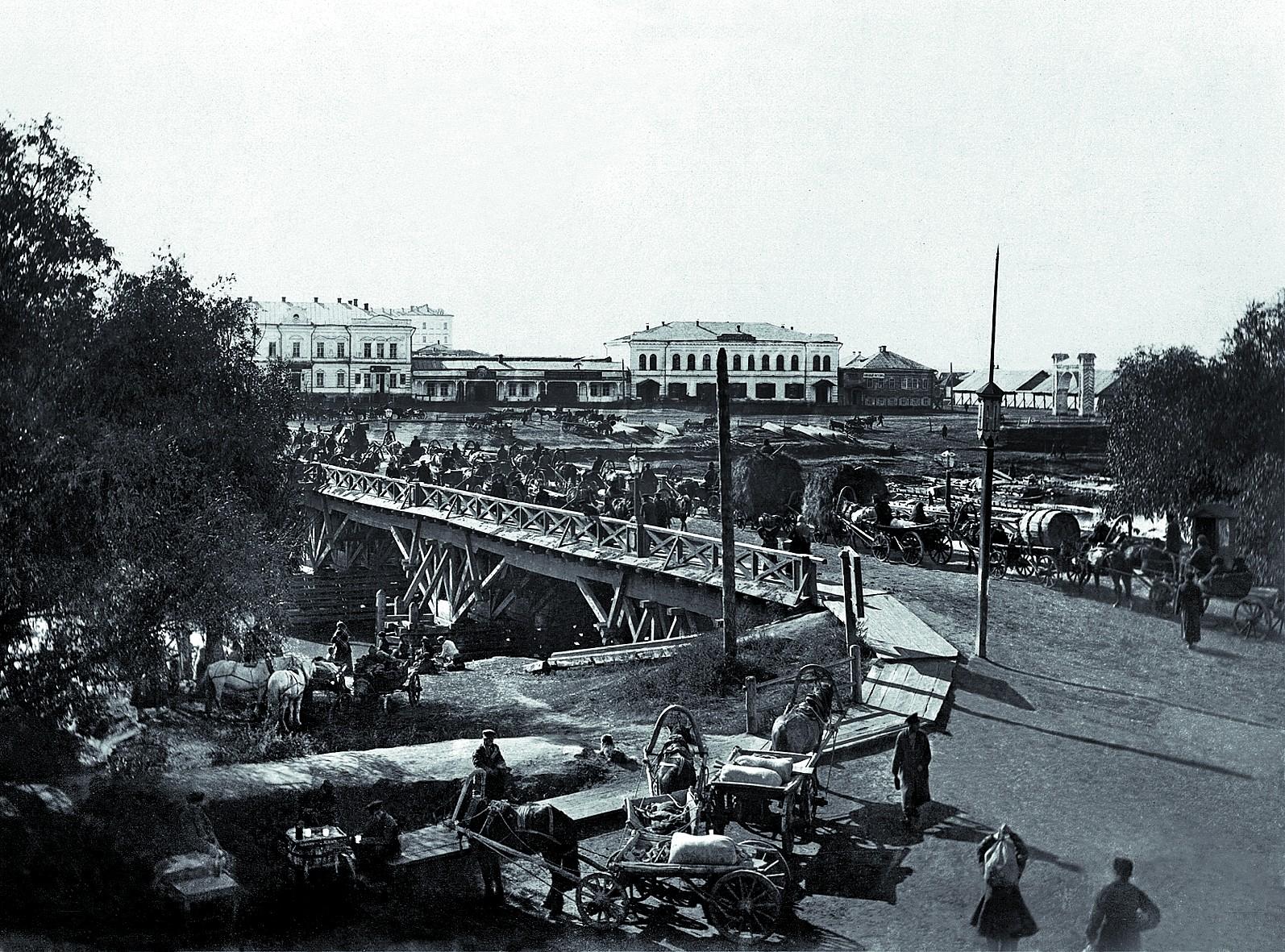 Деревянный мост на Оми. 1896