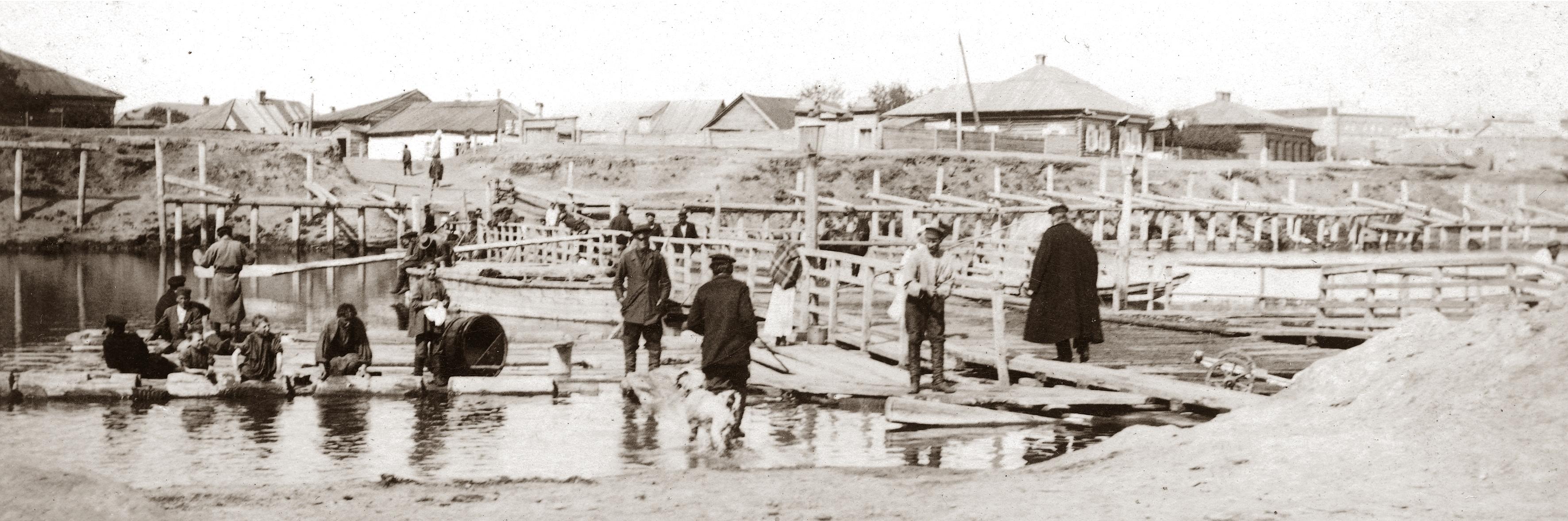 Наплавной мост через Омь