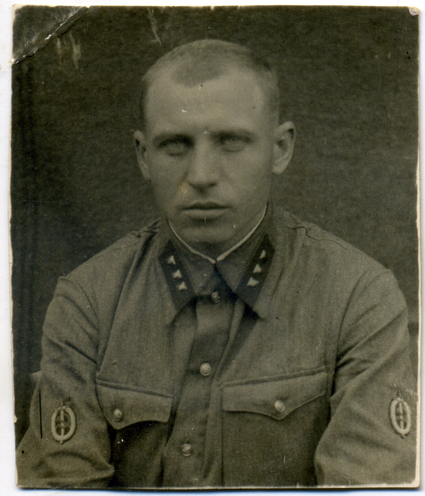 1937. Младший лейтенант ГБ