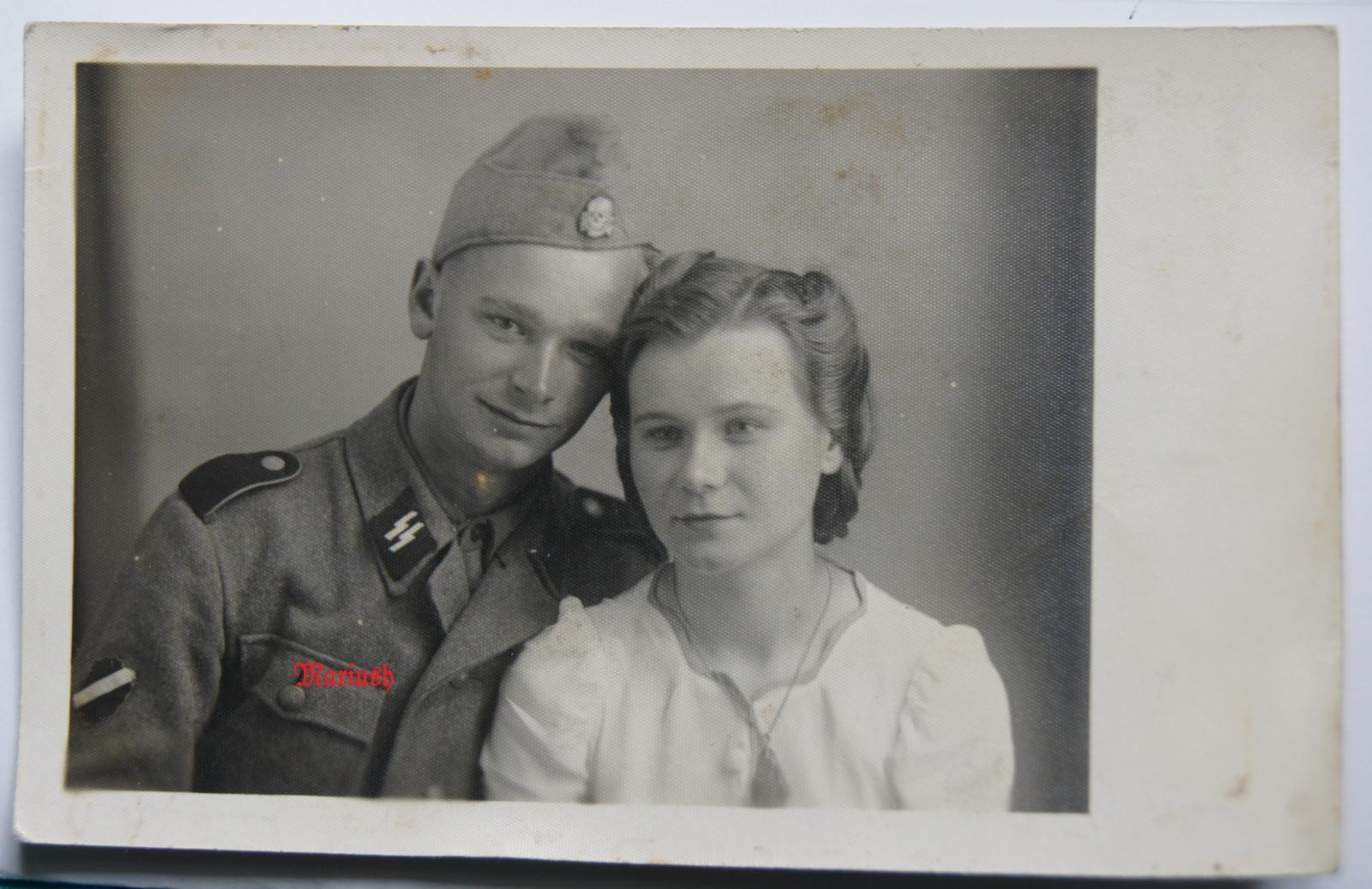 Солдат Зиемелис с сестрой