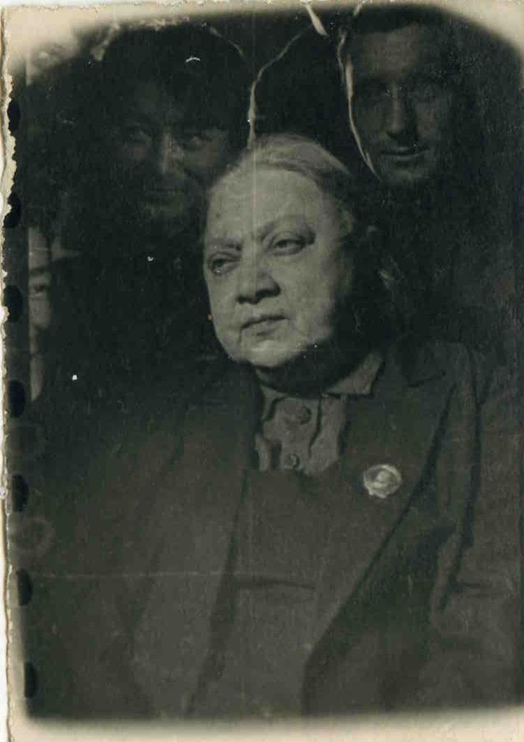 1926. Н.К.Крупская на Х съезда ВЛКСМ. Москва, 26 мая