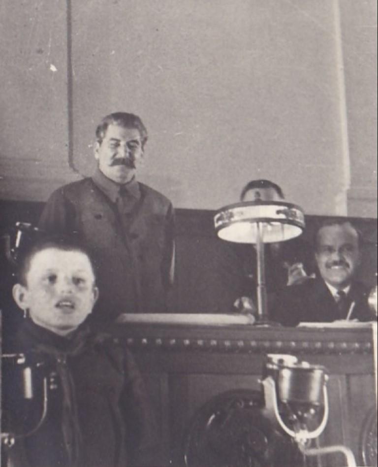 1936. Выступление Миши Куликова, пионера колхоза Ключ