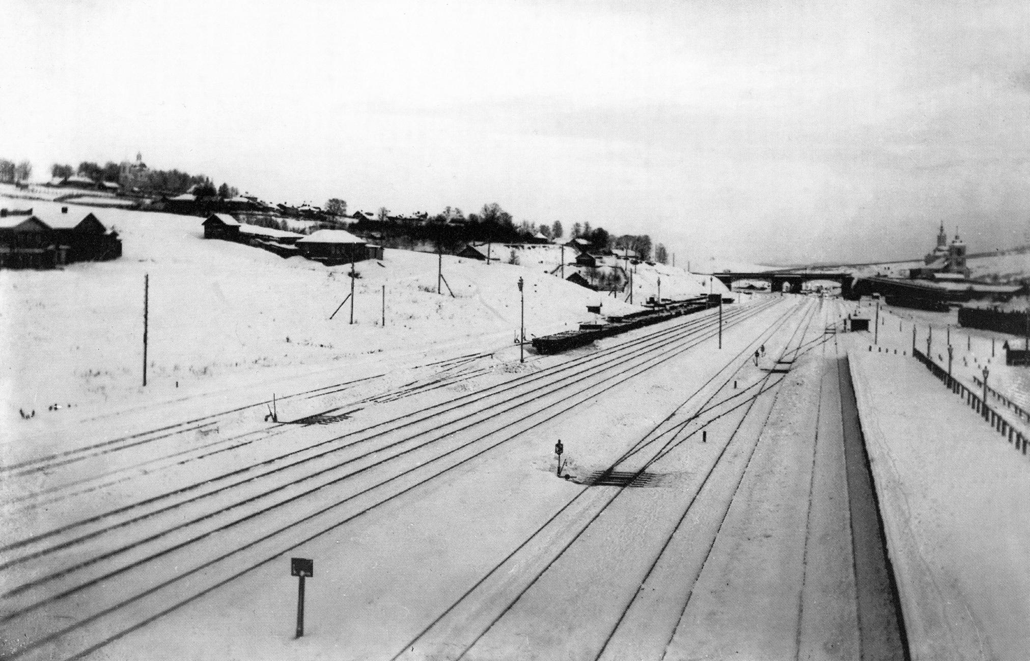 Вид на Крестовоздвиженский виадук. 1907