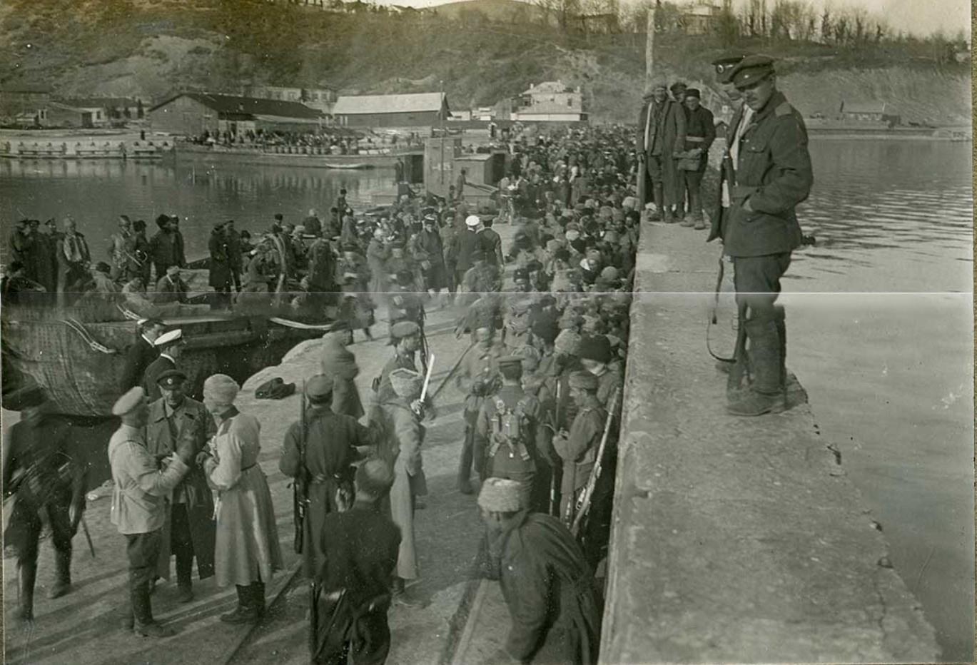 Эвакуация беженцев и раненых, крейсер «Калипсо»