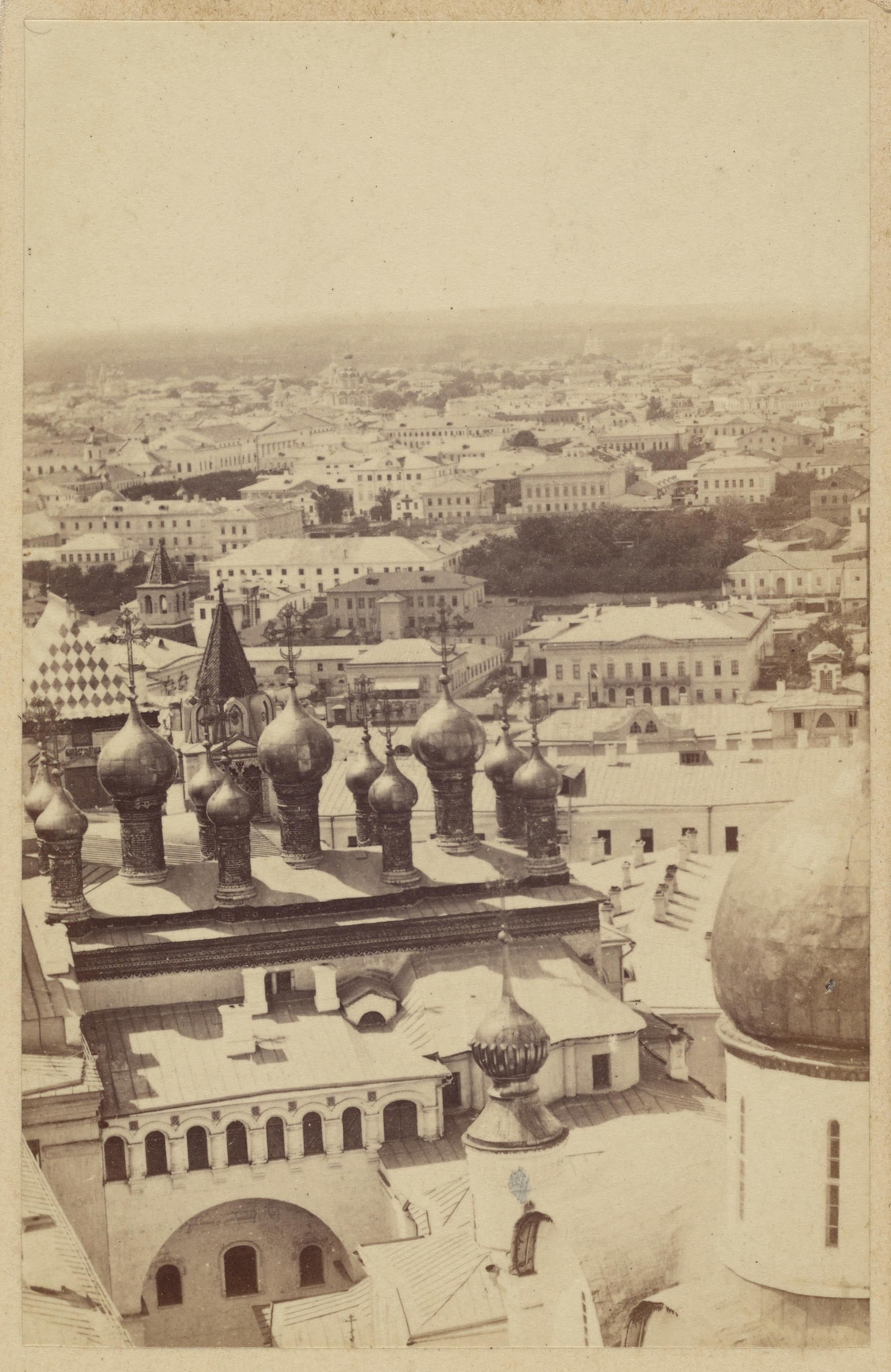 Вид в сторону Верхоспасского собора. 1866