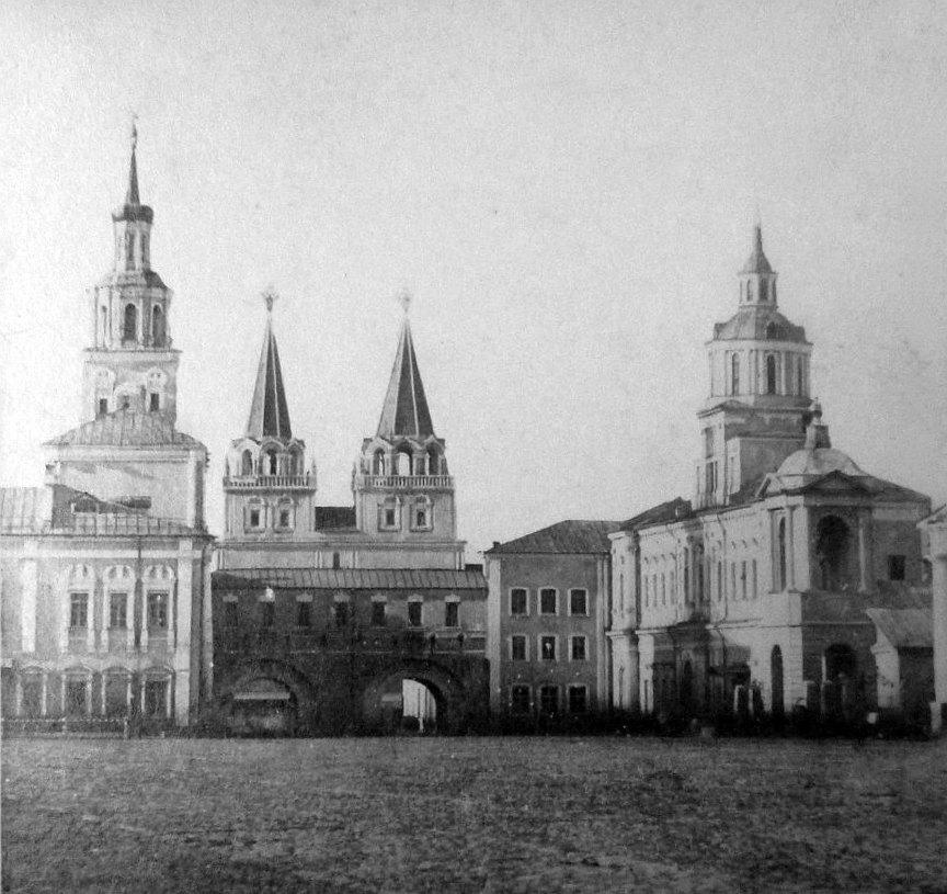 Воскресенские ворота. 1857