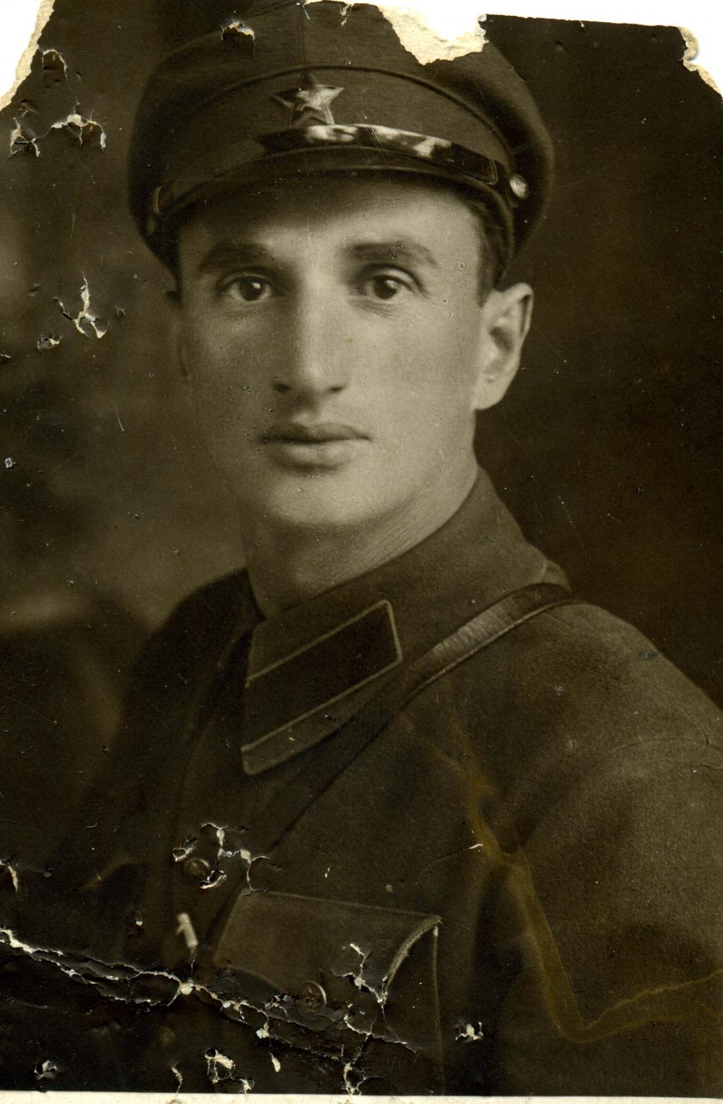 1930-е.  Работник органов ОГПУ. Черкассы