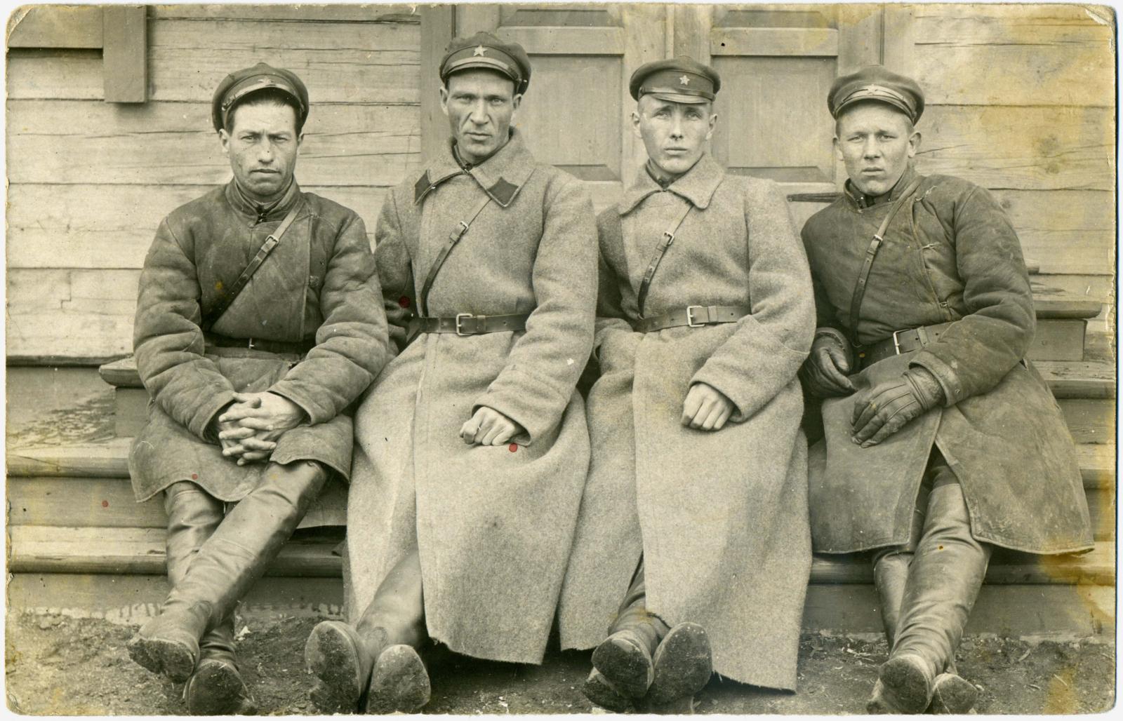 1933. Сотрудники Отдела по спецпереселенцам(ОСП) Шадринской районной комендатуры ОГПУ, г. Шадринск