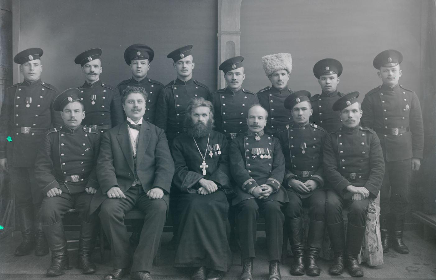 1915. Групповая фотография. Вейсенштейн