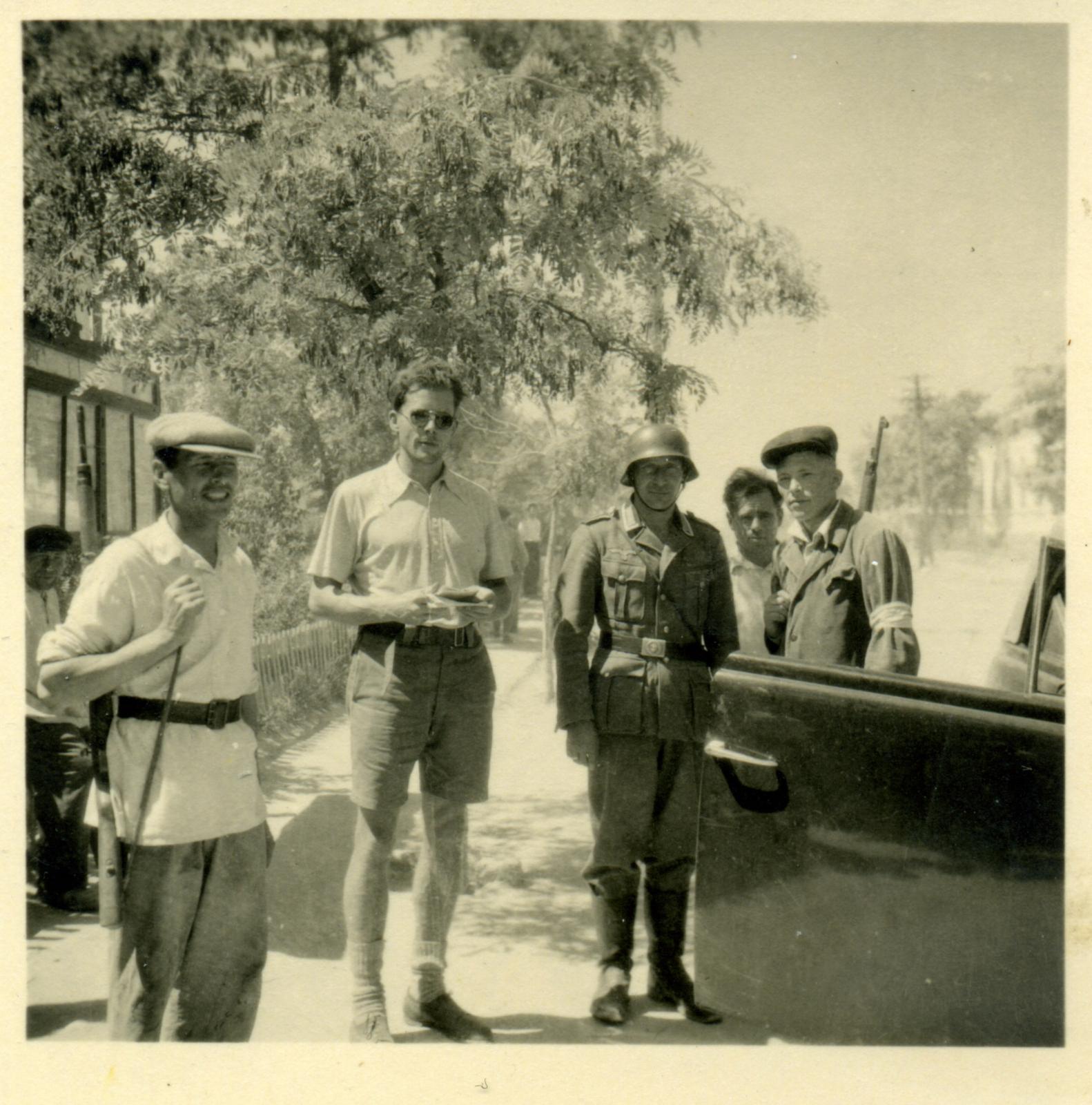 1942. Полицаи. Юг России