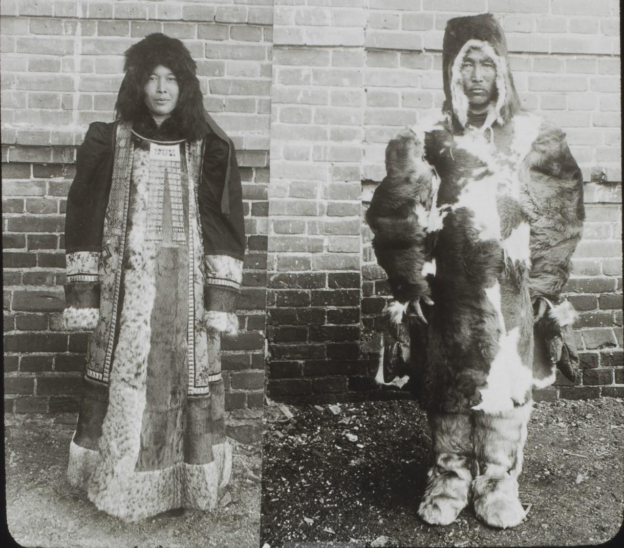 Якутская область. Якуты в зимней одежде