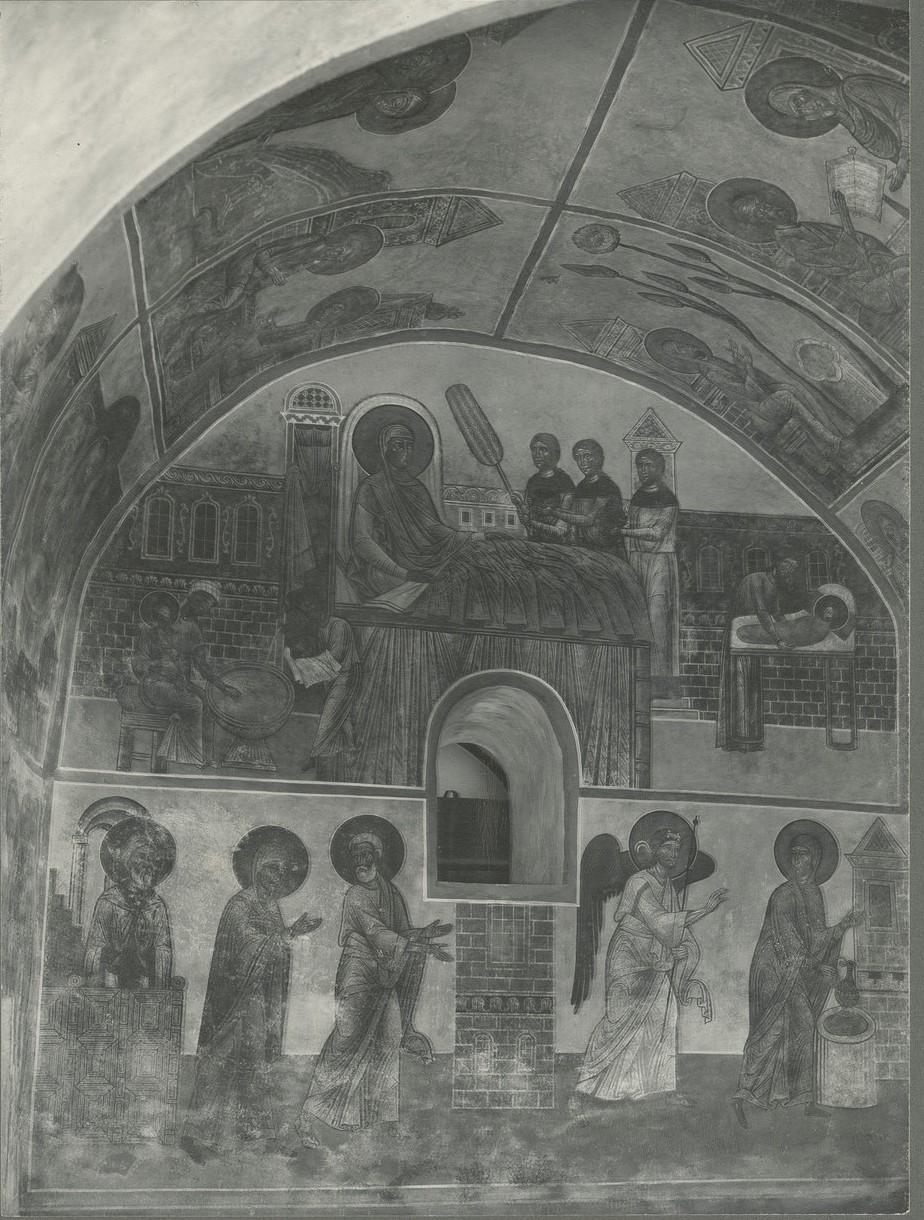 Фрески  «Рождество Богоматери», «Обручение Марии и Иосифа», «Благовещение у колодца»