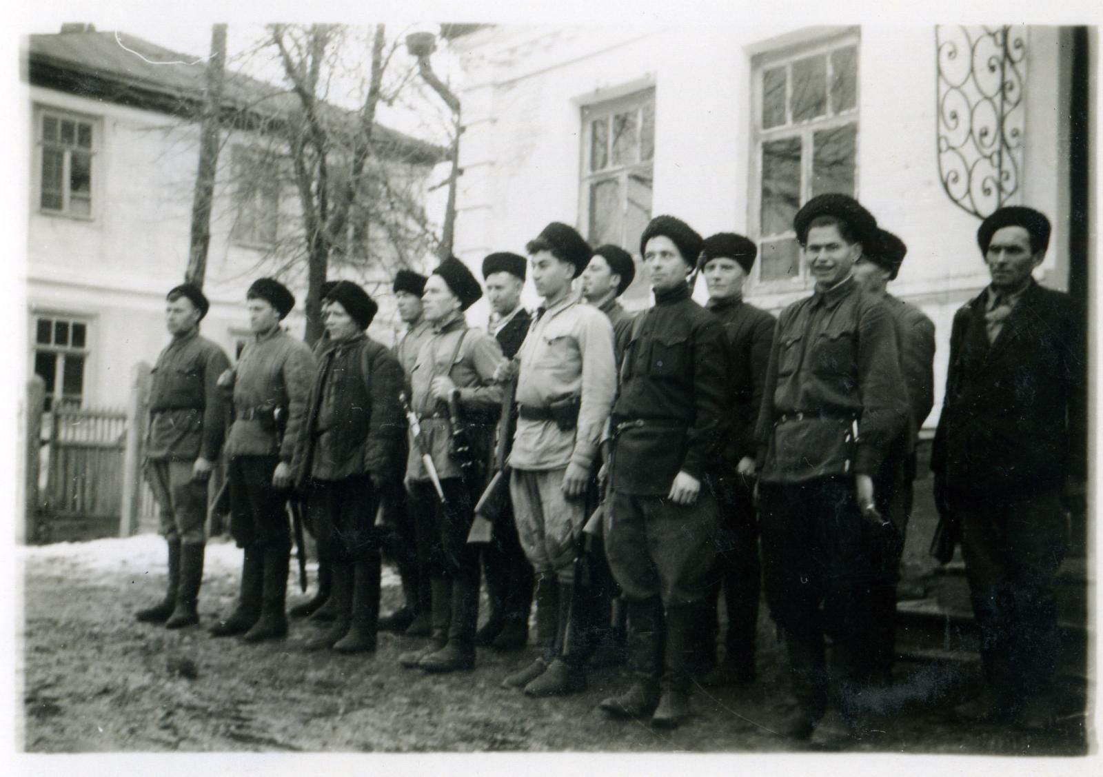 Кубанские казаки из станицы Тульская