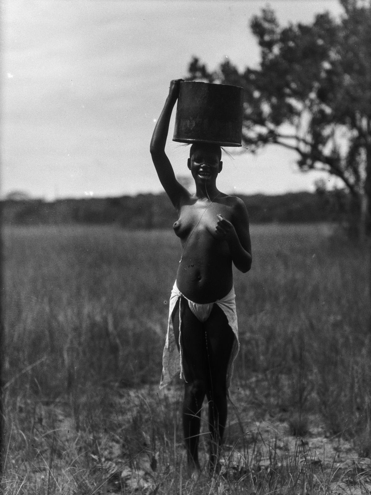Касемпа. Женщина народности лунда