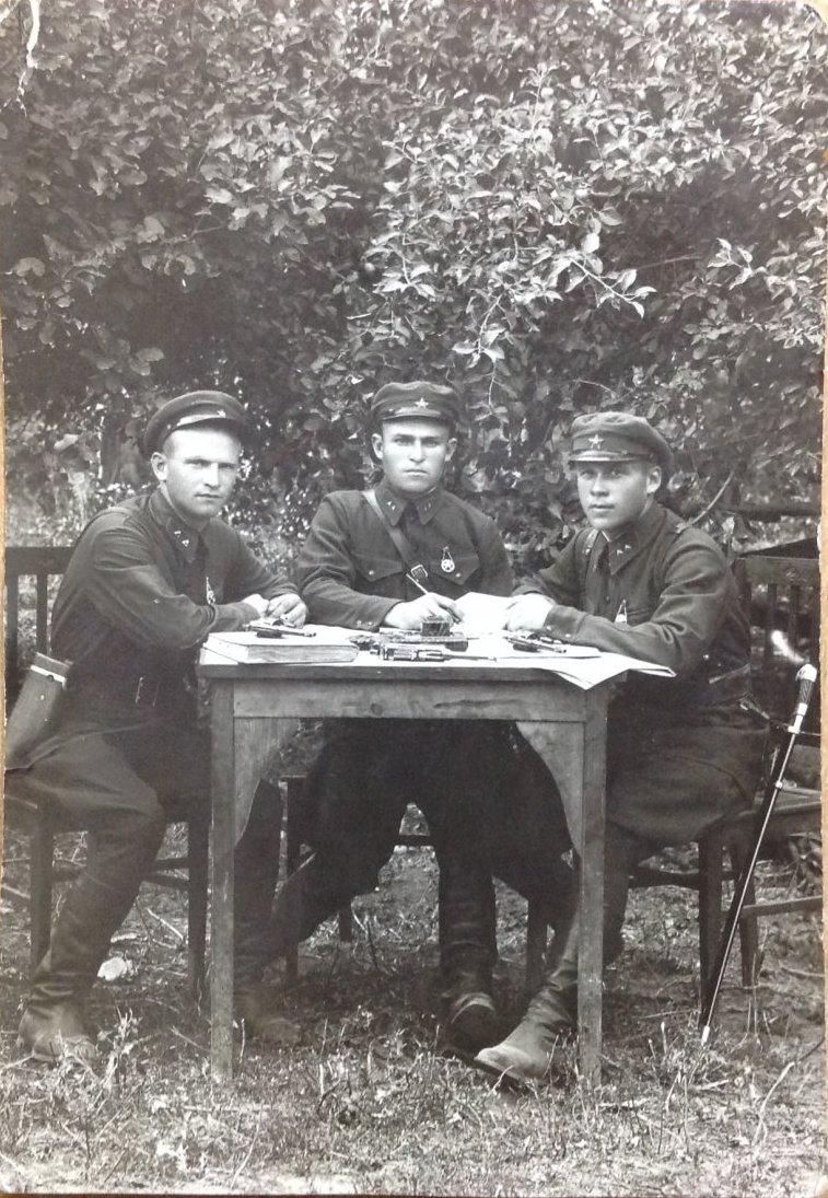 1935. В память совместной службы в войсках НКВД