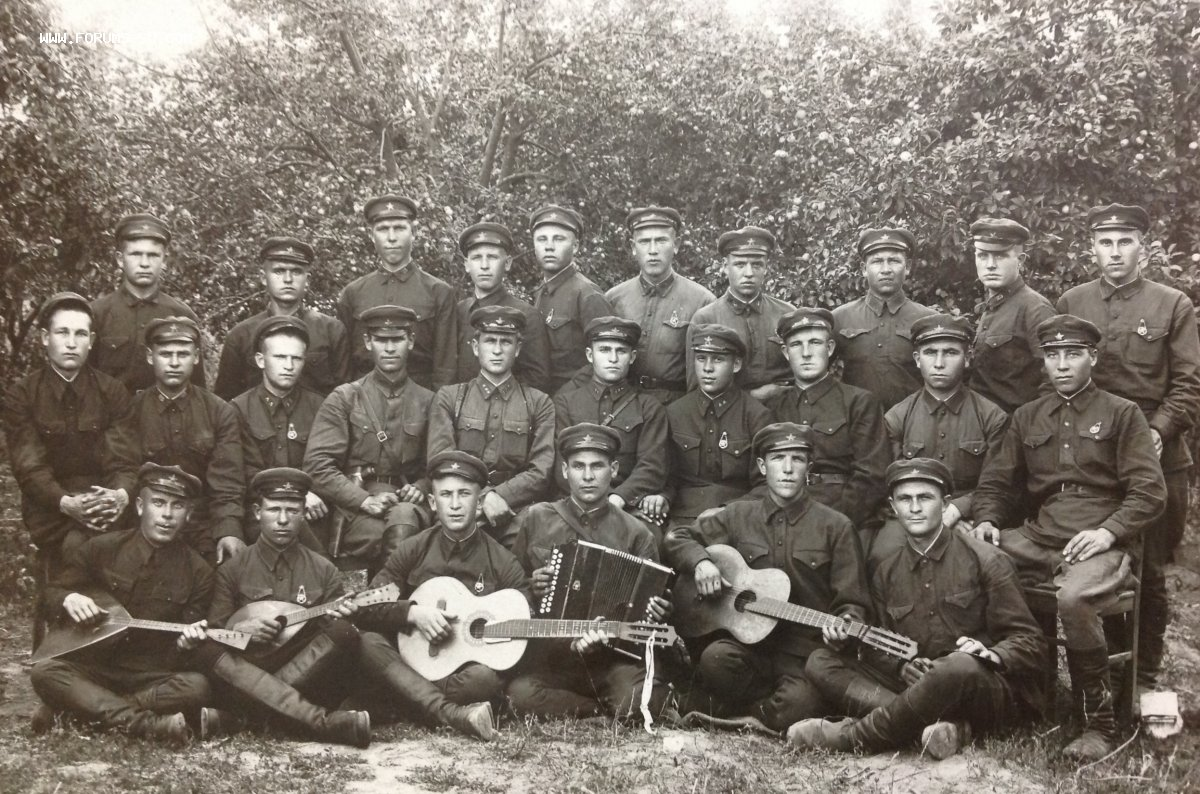 1935. В память совместной службы в войсках НКВД.