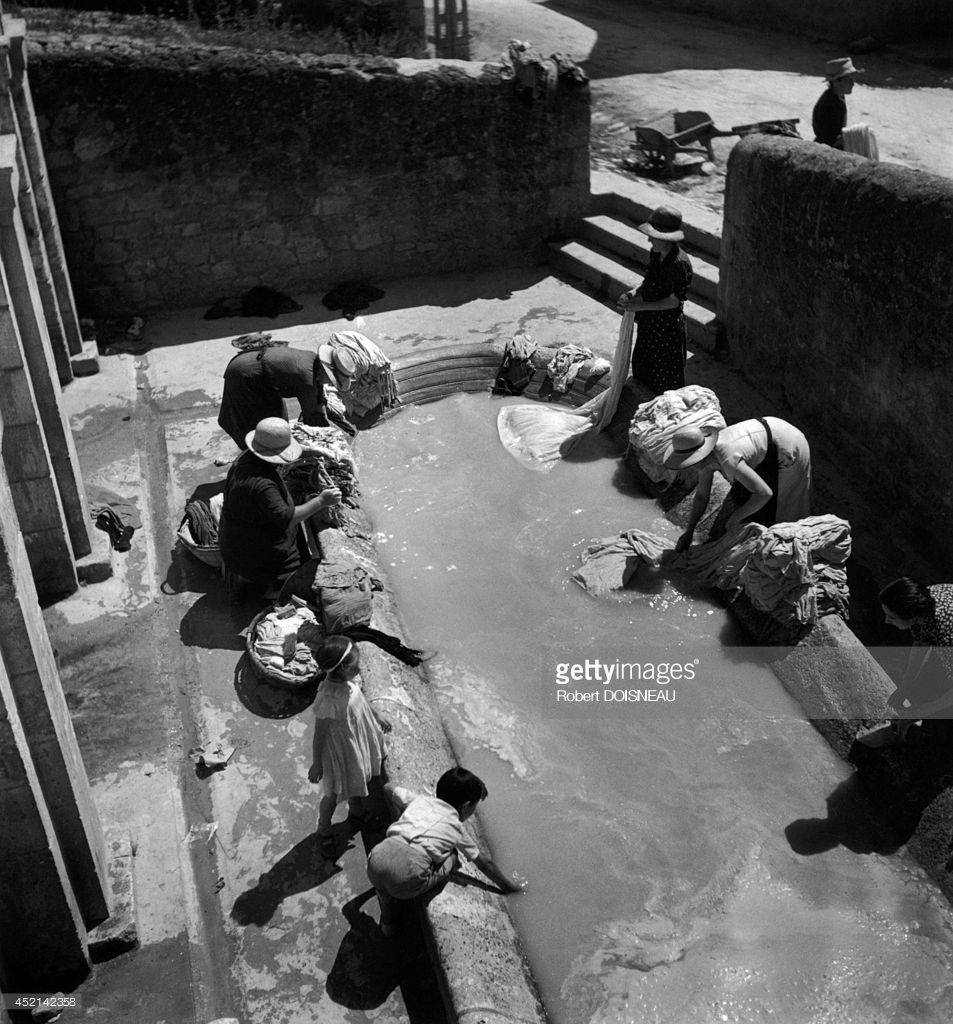 1937. Женщины за стиркой. Дордонь