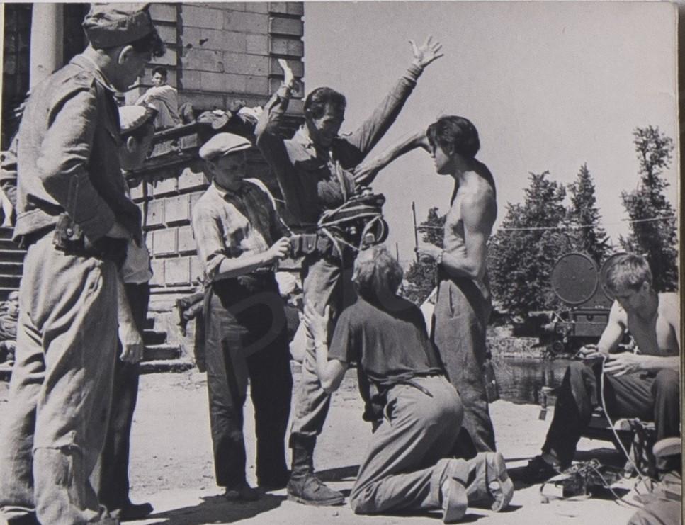 1961. Со съемочной площадки фильма «Мир входящему»