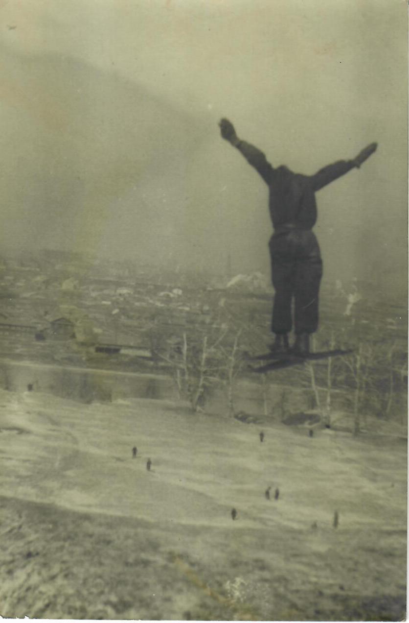 1948. Неизвестный автор. «Прыжок над Москвой»