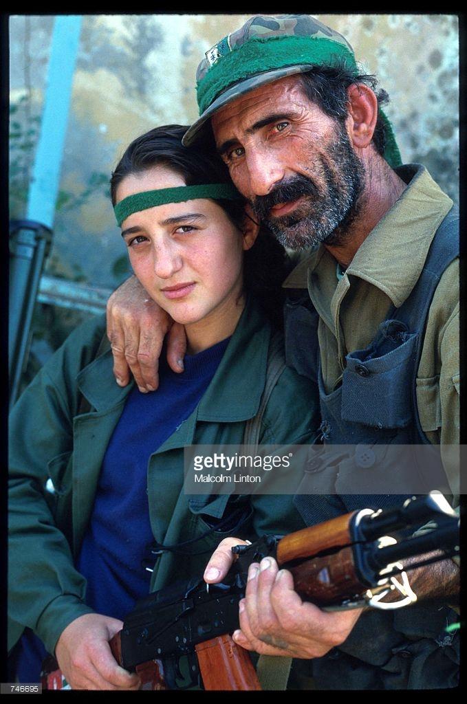 1993. 29 сентября. Сухуми. Абхазские солдаты