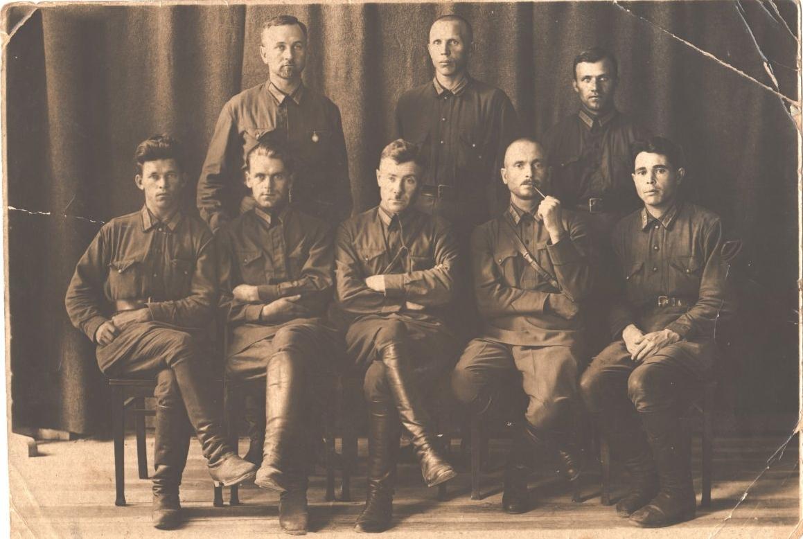 1932. Совет ОСОАВИАХИМА при школе старшего начсостава милиции в Ленинграде