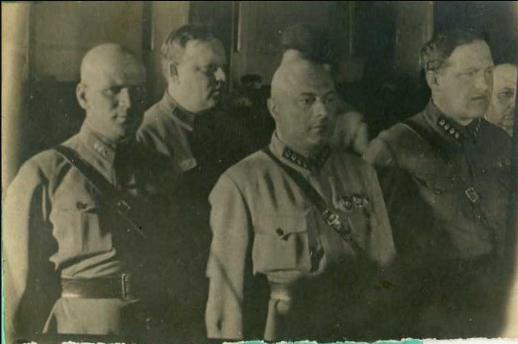 1934. В почётном карауле на похоронах Менжинского группа работников ОГПУ Паукер,Гулько,Заковский,Вайншток. Москва