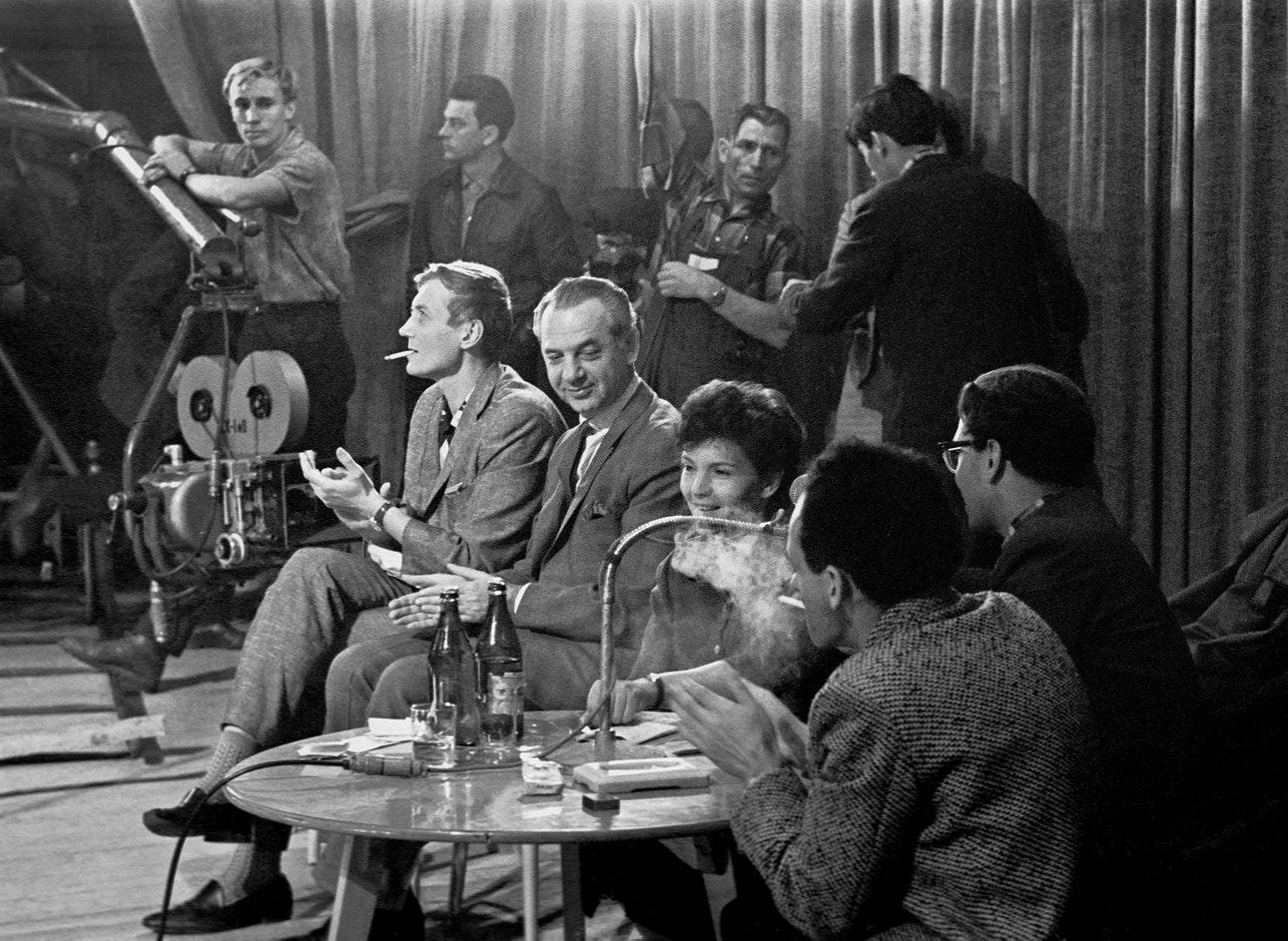 1963. Джеймс Олдридж среди московских поэтов