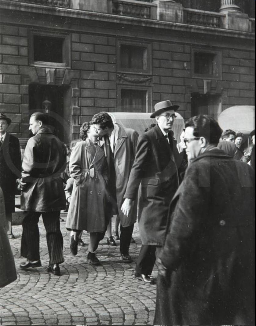 1950. Поцелуй на Площади Согласия