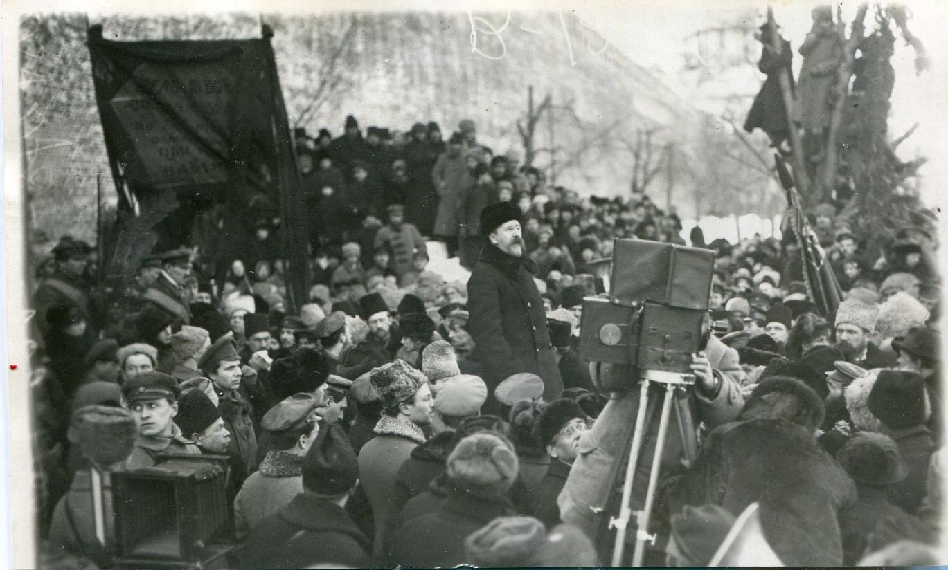 1919. Каменев на похоронах Свердлова