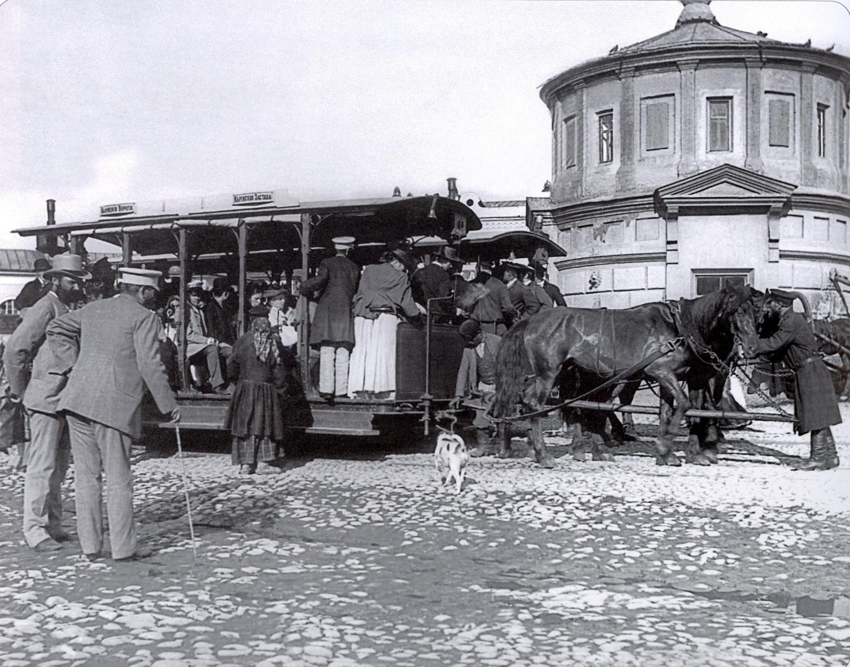 Конка на Калужской площади