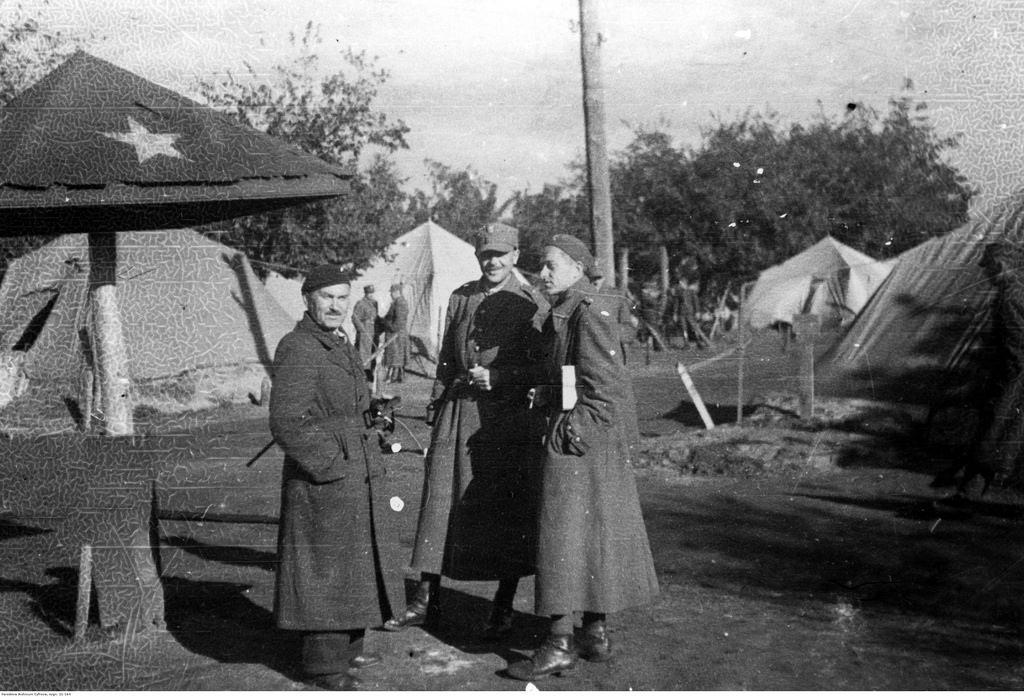 1941-1942. В Тоцких лагерях, 6-я пехотная дивизия «Армии Андерса».