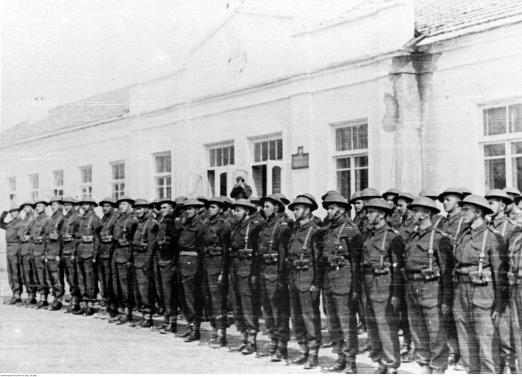 1942. Отделение построено возле казармы