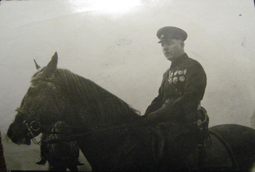 1934. Нарком обороны СССР Ворошилов К.Е. верхом перед парадом. Москва, 1 мая