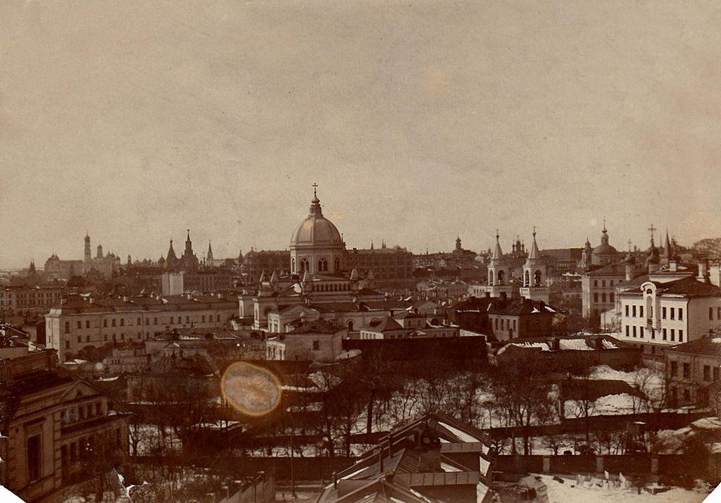Вид Москвы с Ивановской горки. 1906