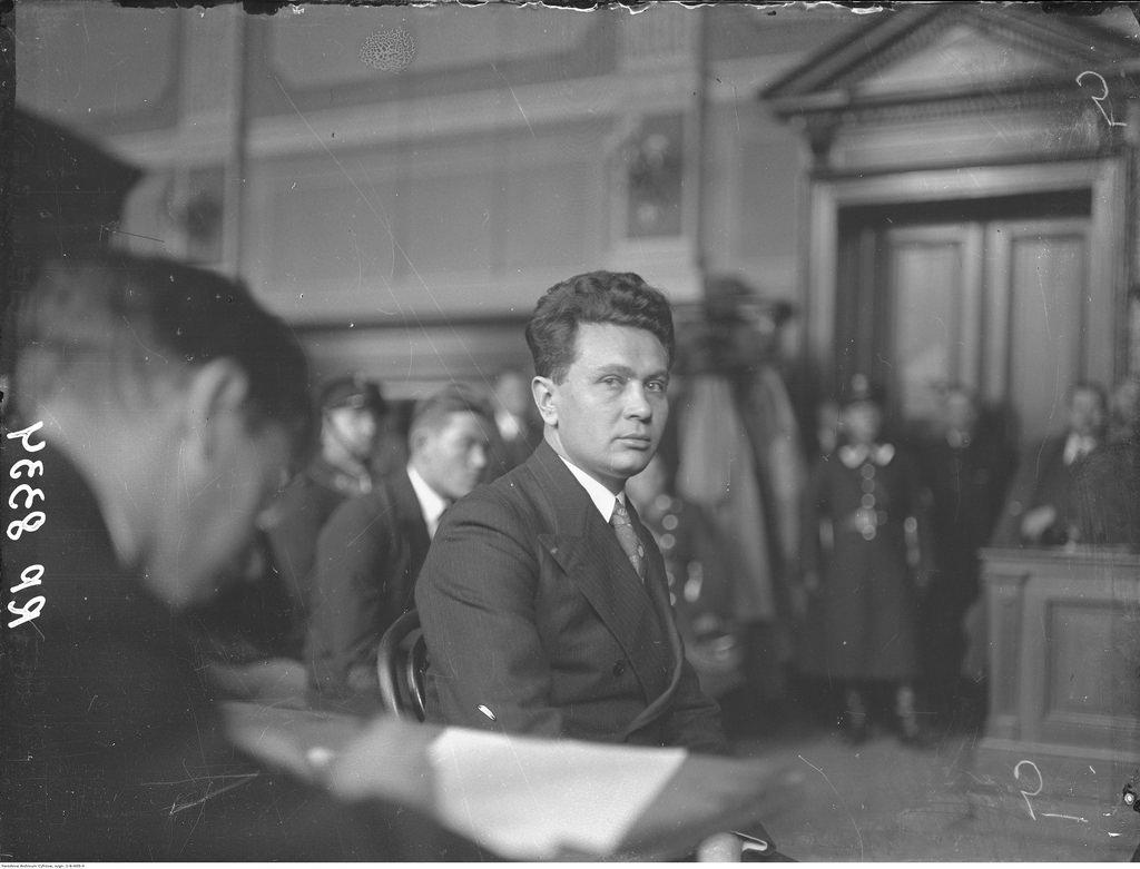 04. Свидетель убийства советского вице-консула во Львове Михал Голуб во время судебного разбирательства