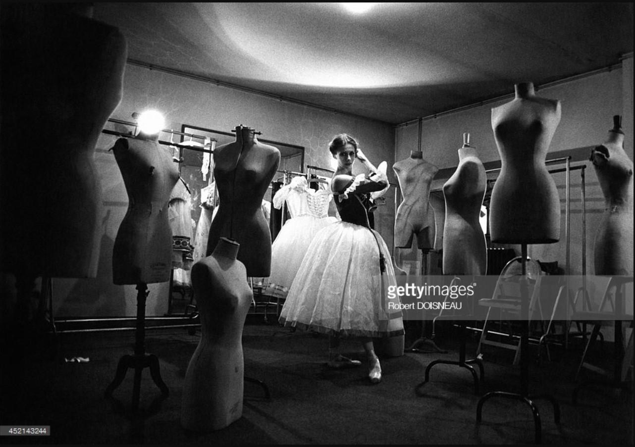 1978. Гилен Тесмар в пошивочном цехе Парижской Оперы