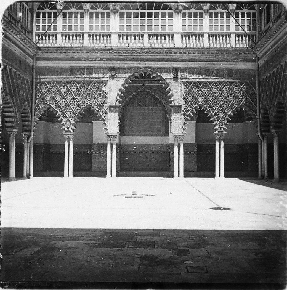 Севилья.  Дворец Алькасар