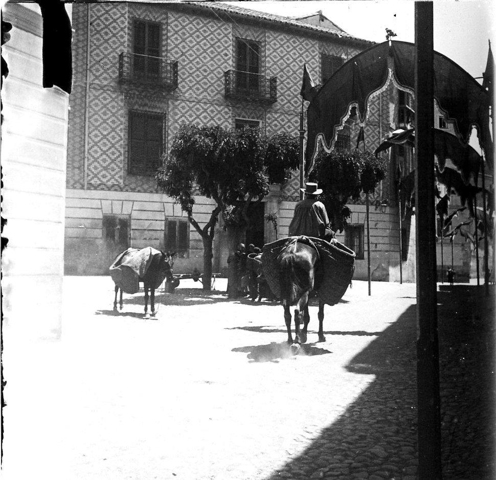 Толедо. Уличная сцена